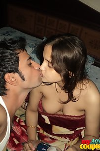 Sonia Bhabhi Passionate Foreplay Session With Hubby