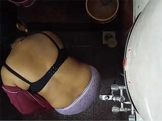 Indian MILF Bhabhi Shower Sex Tape