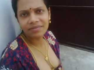 Tamil Aunty Big Boob Show