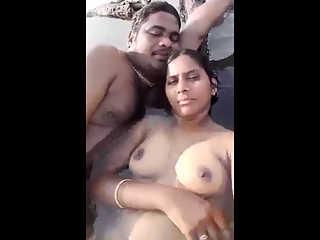 Mumbai Call Girl Fucked On Beach