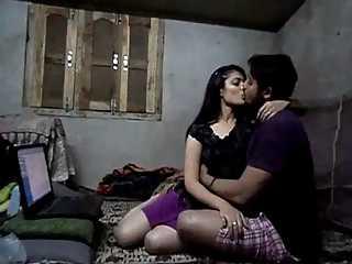Desi Girl Sarika Sex Scandal