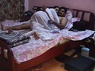 Young Indian Wife Sex Video Leaked Online