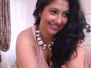 Charming Desi Bhabhi Desi Sex Chat