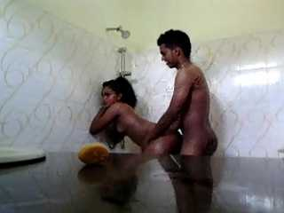 Srilankan Teen Sex In Shower