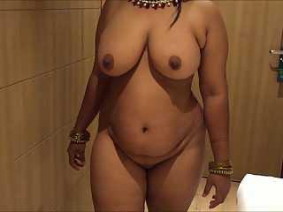 Sheela Bhabhi Nude Indian Aunty Boobs