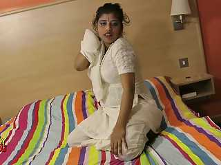 Indian Sex Star Rupali Shaved Pussy