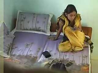 Indian Babe Secret Affair Leaked Online