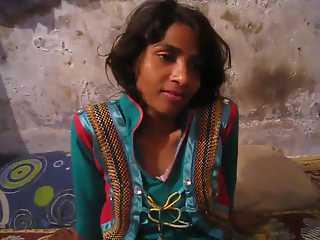 Young Pakistani Wife Farah Blowjob