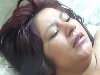 India Mature Aunty Taking Cumshot on Face