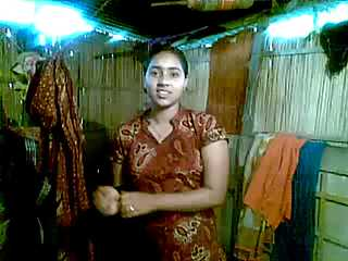 Indian Village Girl Getting Naked For Boyfriend On Camera